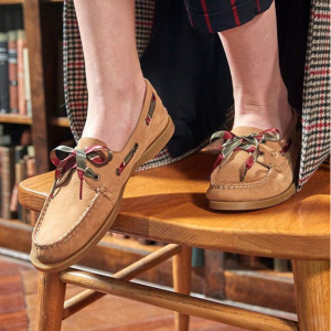 Shoes Outlet @Sperry