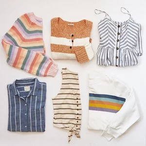 American Eagle Tops Sitewide Sale @American Eagle