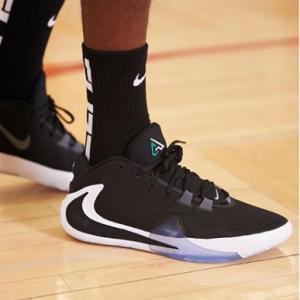 Eastbay 精选Jordan、Adidas、Nike、Champion、Converse等运动鞋服热卖