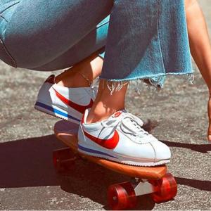 Eastbay官网 Nike Classic Cortez大童款经典阿甘鞋热卖
