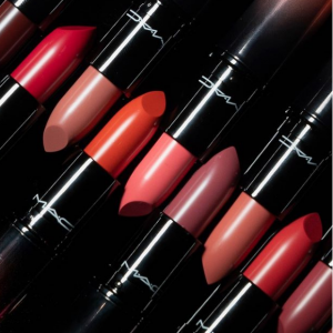 Lipstick Sale @ MAC Cosmetics UK