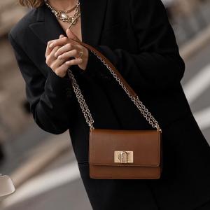 芙拉 Furla 1927新品包包錢夾等低至$148,米蘭時裝周新發布
