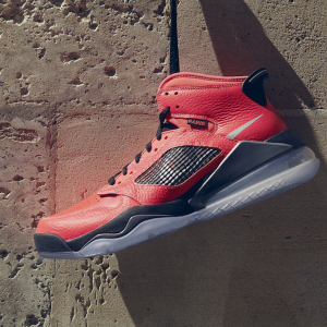 26% OFF Jordan Mars 270 Paris Saint-Germain Shoes @Nike.com