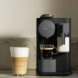 Nespresso by De'Longhi EN500B Lattissima One Original Espresso Machine with Milk Frother Black