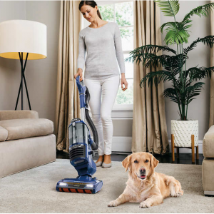 Shark DuoClean Lift-Away Upright Vacuum with Self-Cleaning Brushroll @ Costco