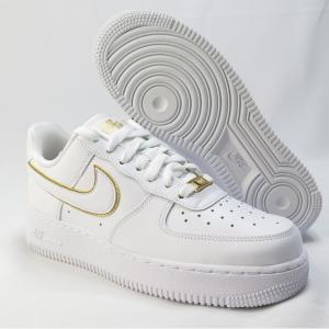 Eastbay官网 Air Force 1 '07 ESS女款白金休闲鞋热卖