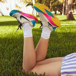 Urban Outfitters官网 Black Friday黑五折扣区Nike, Adidas, Converse, Fila, Champion等鞋服热卖