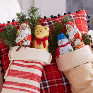 Buy 2 Get 1 Free On Stocking Stuffers, Holiday Figures & 5-packs @ Lindt