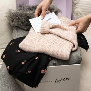 Tops & Sweaters Sale @LOFT Outlet
