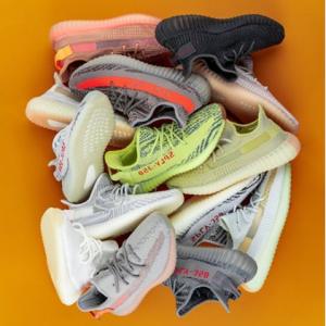 Yeezy, Air Jordan, Adidas, Nike & More Sneakers @ Stadium Goods