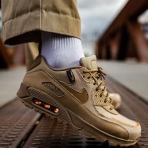 "Sneaker Baas官網 Nike Air Max 90 Surplus ""Desert Camo"" 軍事風運動鞋發布"