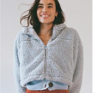 Urban Outfitters官网 BDG Hooded Cropped 泰迪外套热卖 四色可选