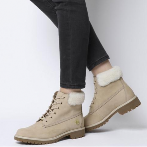 折扣升級:OFFICE UK 特價區adidas、Nike、Dr. Martens等鞋履折上折熱賣