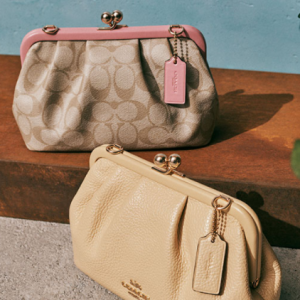 Friends & Family: Up to 70% off + Extra 15% off Everything @ Coach Outlet