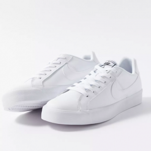 Urban Outfitters官網 Nike Court Royale AC 女款休閑鞋熱賣