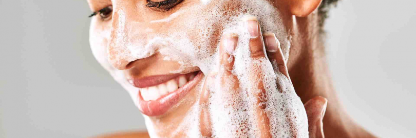 8 Favorite Amino Acids-based Facial Cleansers for Dry, Sensitive Skin